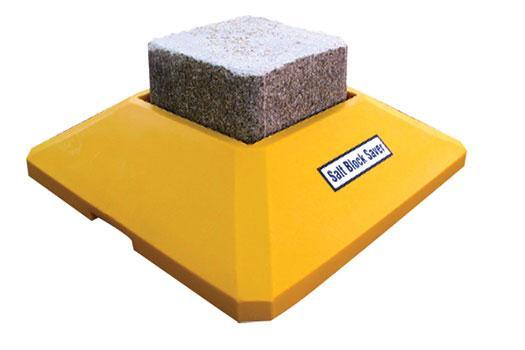 Stallion – Salt Block Feeder